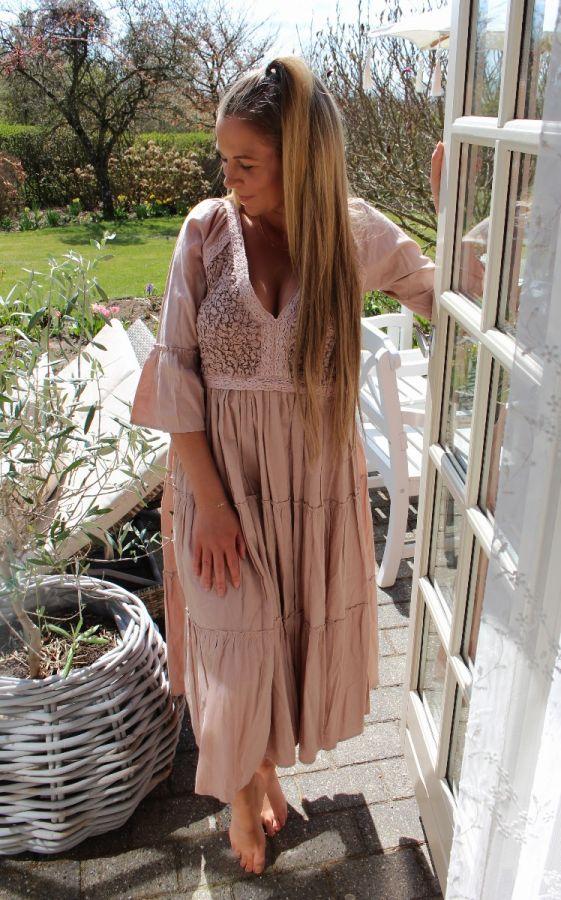 Tina wodstrup lang kjole rosa 239e
